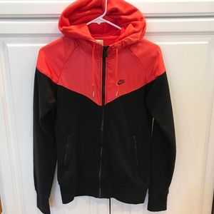 Women's black red Nike windbreaker sweatshirt M